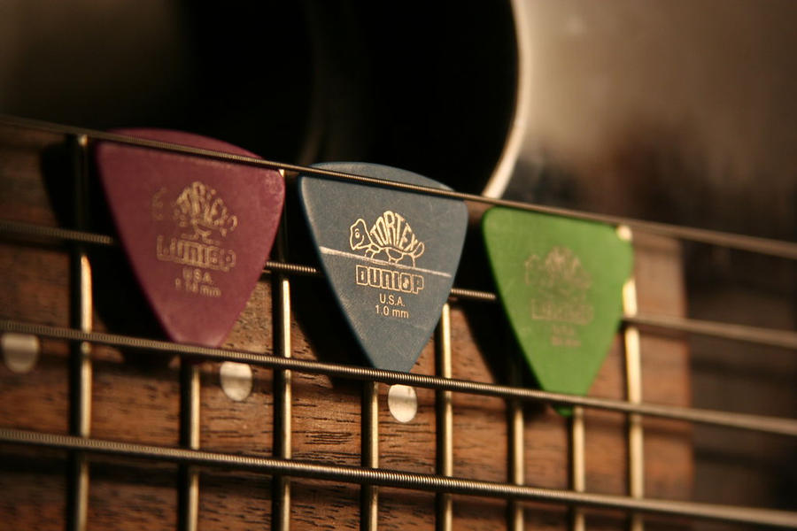 Guitar Picks By Juliusz Kun