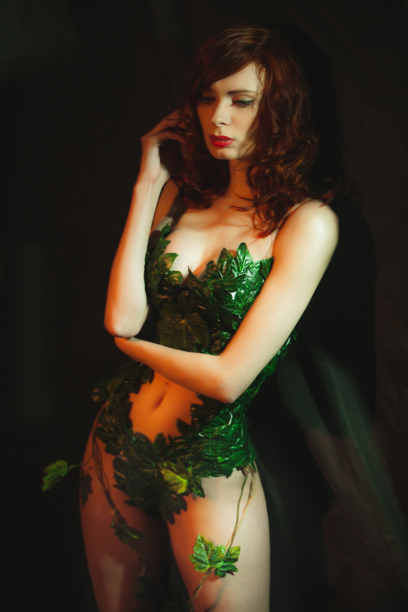 batmangonewild - Ksenia-Zaring as Poison Ivy