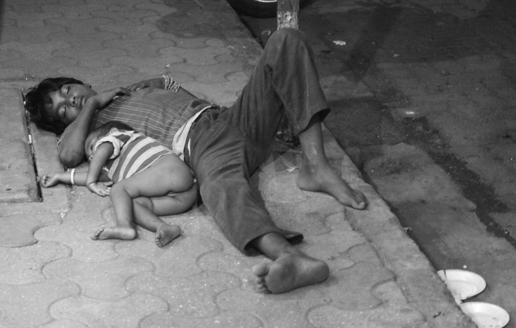 Poverty in Mumbai by gabriellefreak