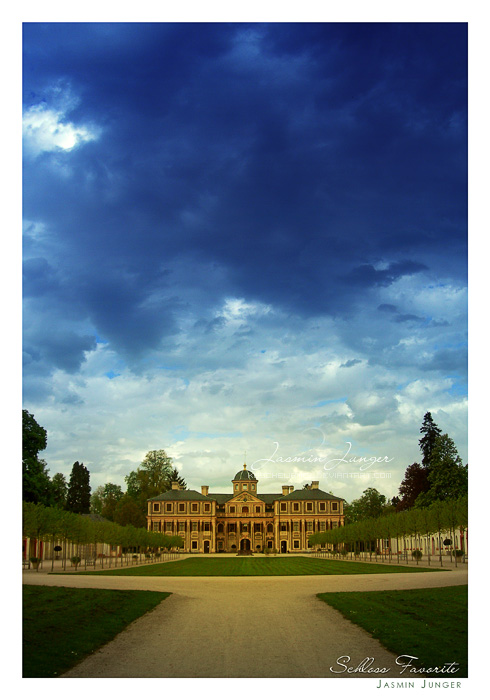 Schloss Favorite by kuschelirmel
