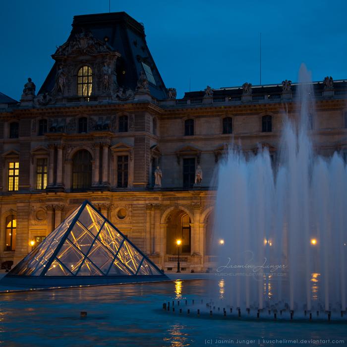 Louvre by kuschelirmel