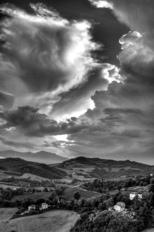 Creamy sky by Tweet-dnb
