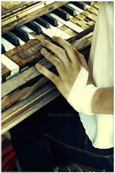 broken composer by MissHeroin