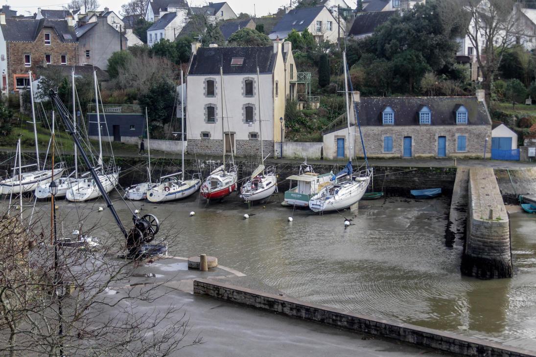petit port du Bono (France, Bretagne) by thorgahl