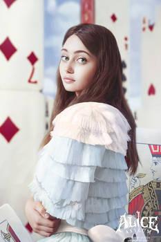 Alice Asylum: Ella Purnell As Alice