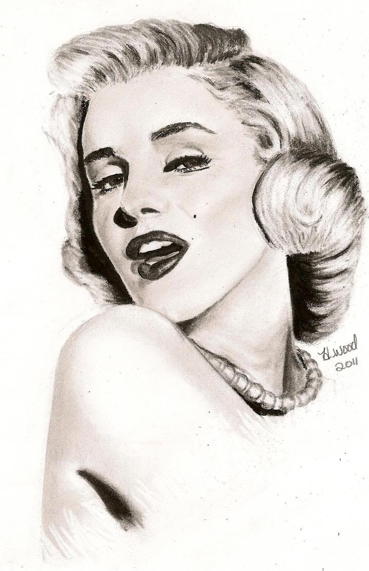 Marilyn Monroe Pencil Portrait by heatherw290