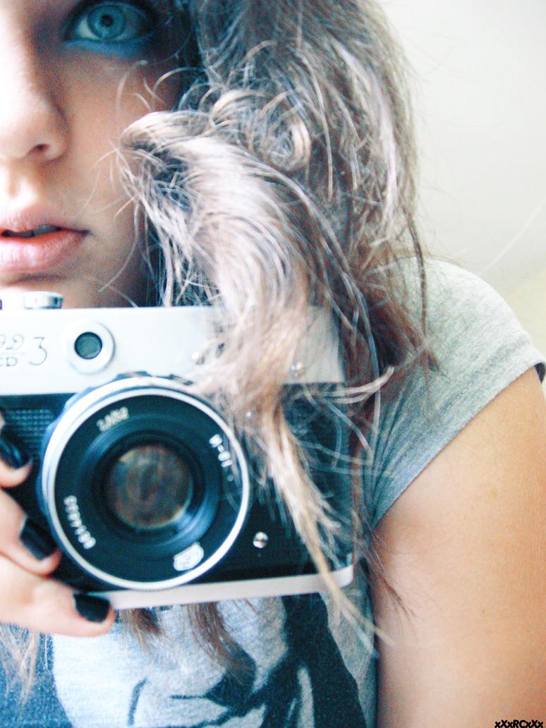 Smile for the Camera by HuffleMuffin - bir foto�raf �ekilebilirmiyiz?