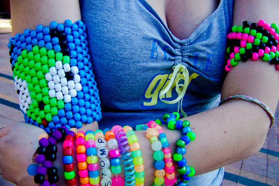 i know this pretty rave girl № 648129