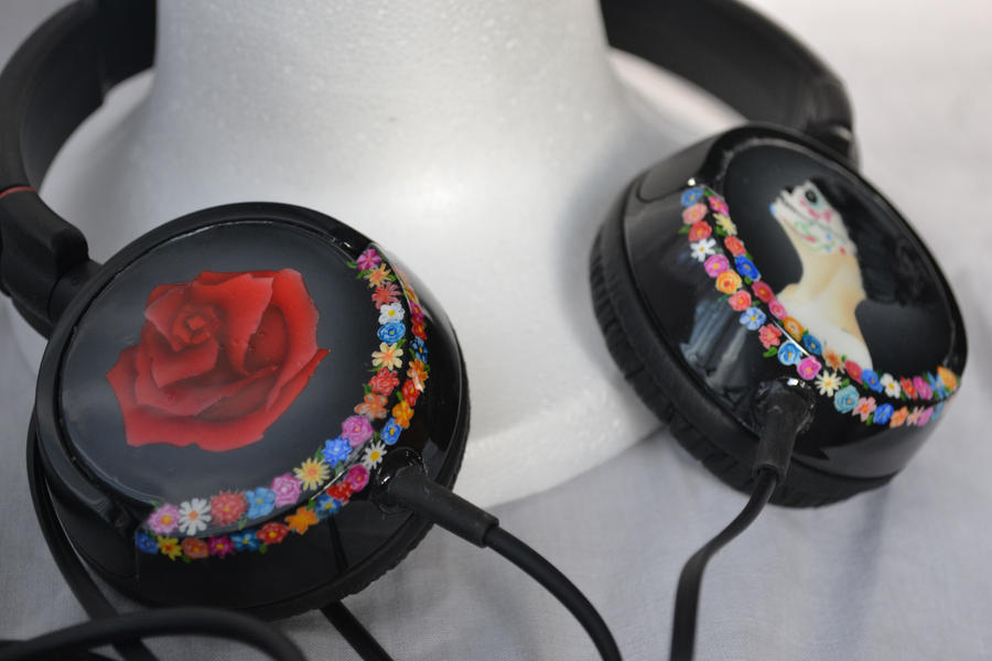Custom headphones - finished! by Creationfail