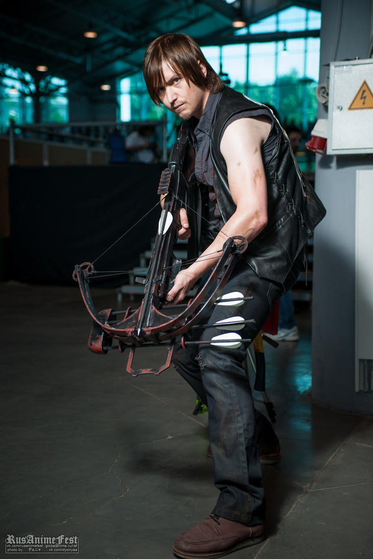 Daryl Dixon cosplay by Aoki-Lifestream