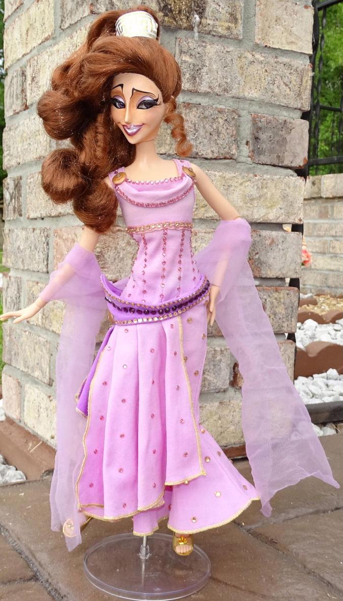 Ariel NWT Belle Cinderella /& Merida Christmas//Santa Hat in Hot Pink Rapunzel