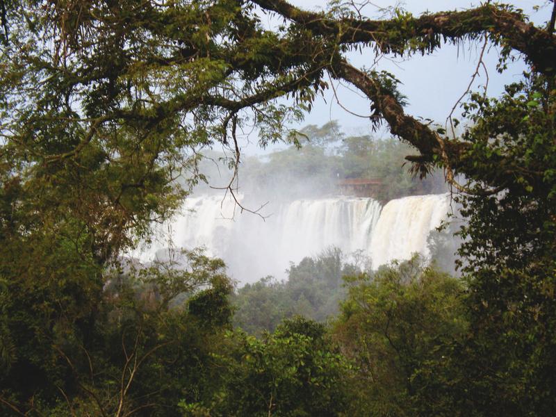 Iguazu Falls by Riiah