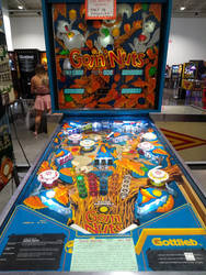 Pinball Museum: Goin' Nuts
