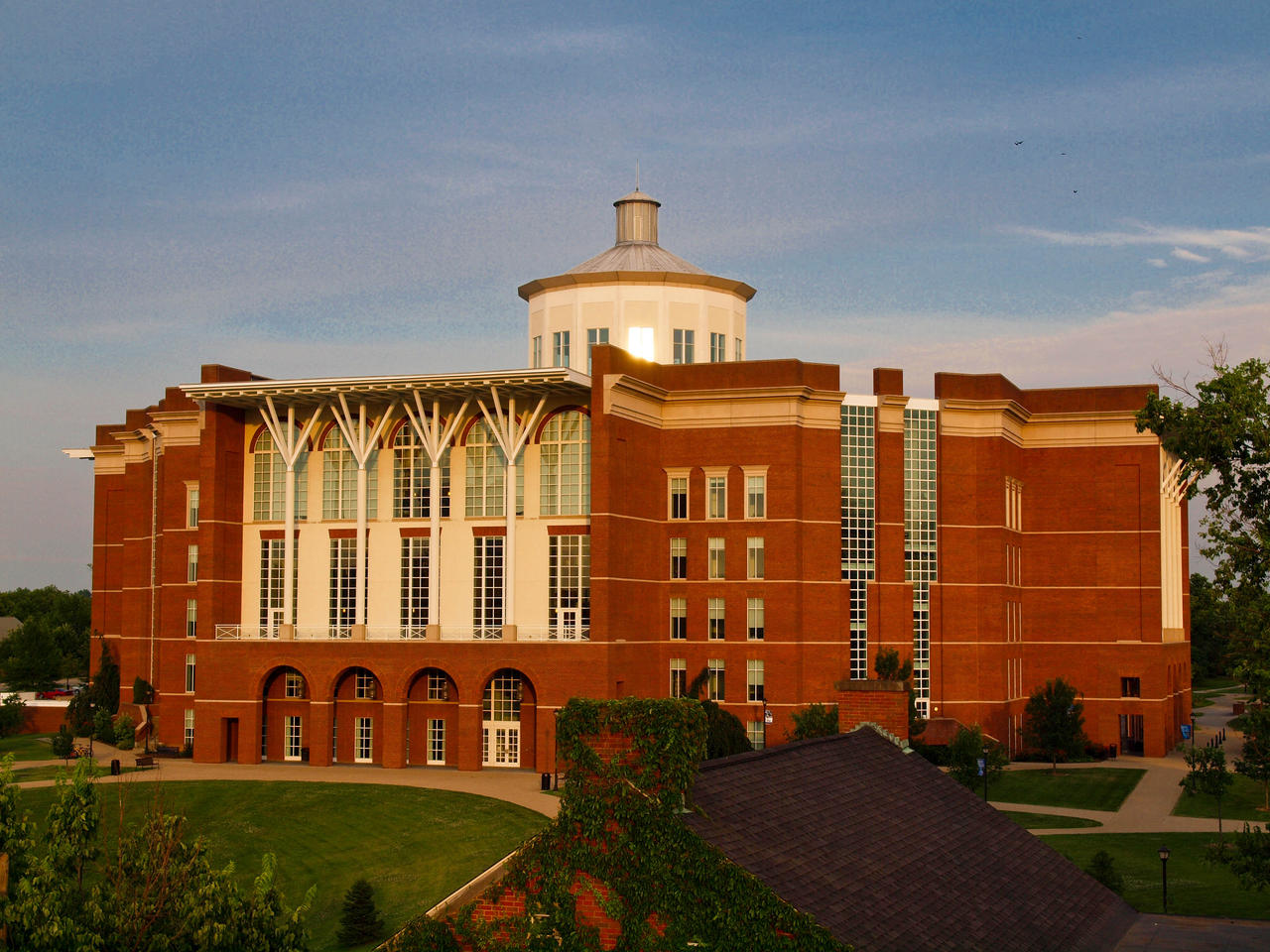 University of Kentucky Library by McAllisterBryant on DeviantArt