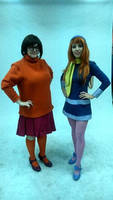 Daphne and Velma Cosplay (Scooby Doo) by Cinnamon-Cosplay