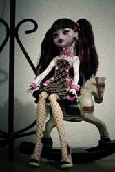 Draculaura by nelene-chan
