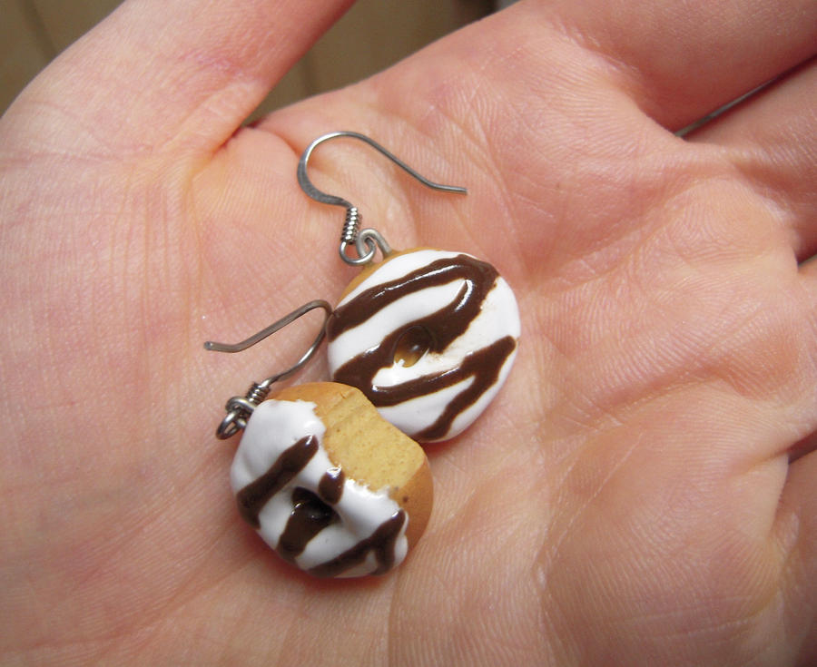 Vanilla and Chocolate Doughnut Earrings by lily-inabottle