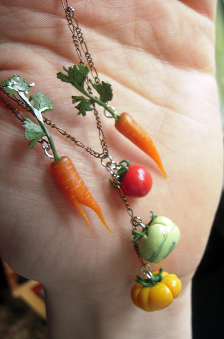 Veggie Necklace CU by lily-inabottle