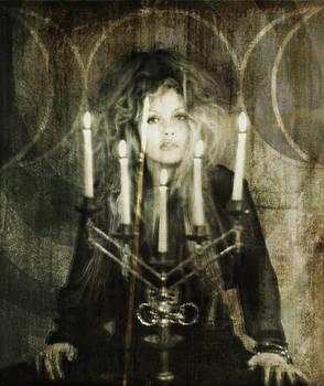 Tri-Goddess