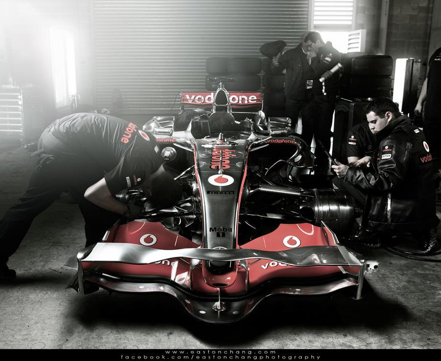 McLaren F1 by eastonchang