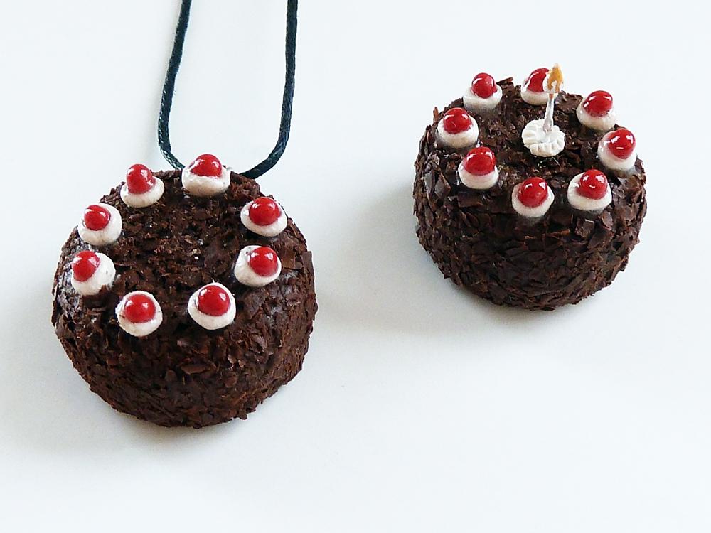 Portal Cakes by Rhyara