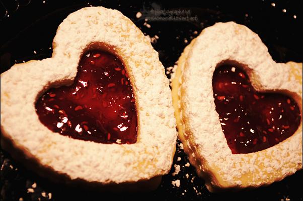 Raspberry Hearts by asainemuri