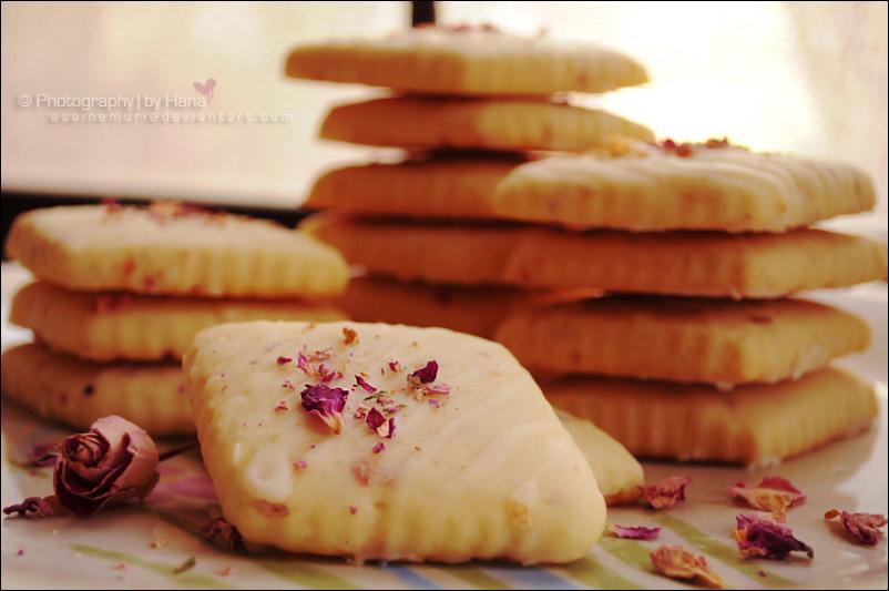 Rose Tea Shortbread Cookies by asainemuri
