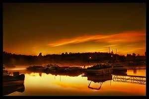 Golden Sunrise by lowapproach