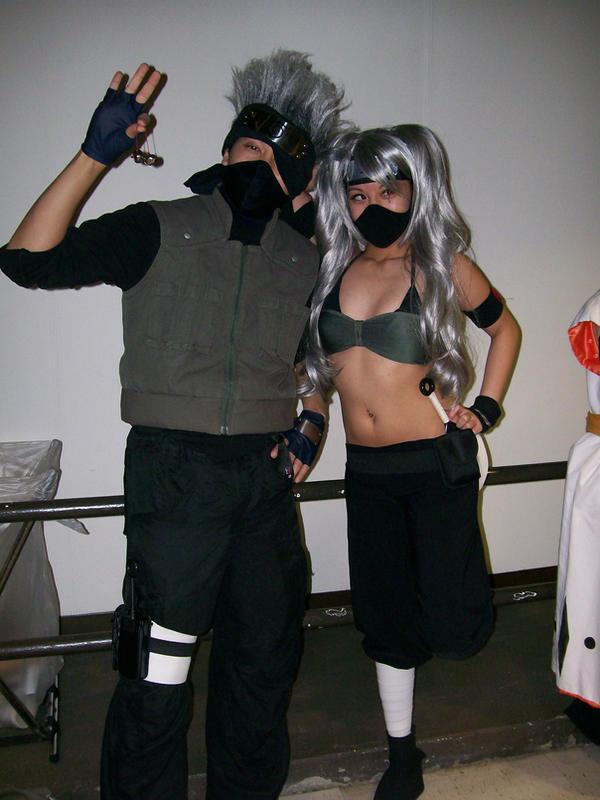 kakashi and hot ninja girl by Sisuke on deviantART: sisuke.deviantart.com/art/kakashi-and-hot-ninja-girl-49105298