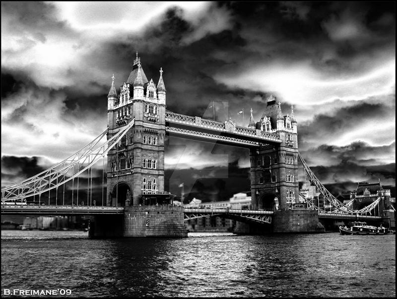 A cloudy day by jadelu7