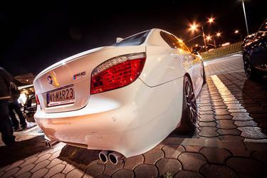 BMW M5 by dempsej