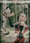Harley Quinn versus el Necronomicon