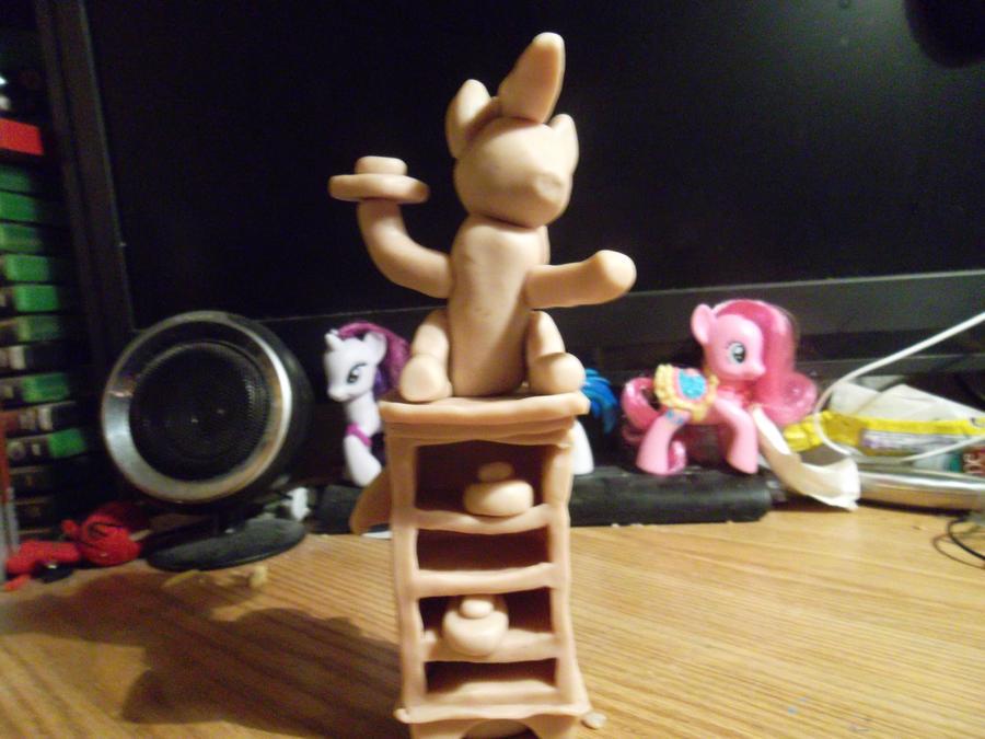 Pinkie Pie, cake throwing WiP 1 by McMesser on deviantART