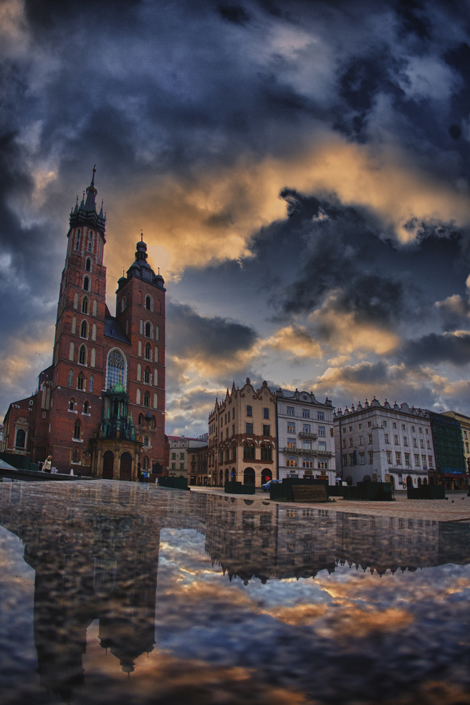 ..Krakow Sunrise.. by lectral