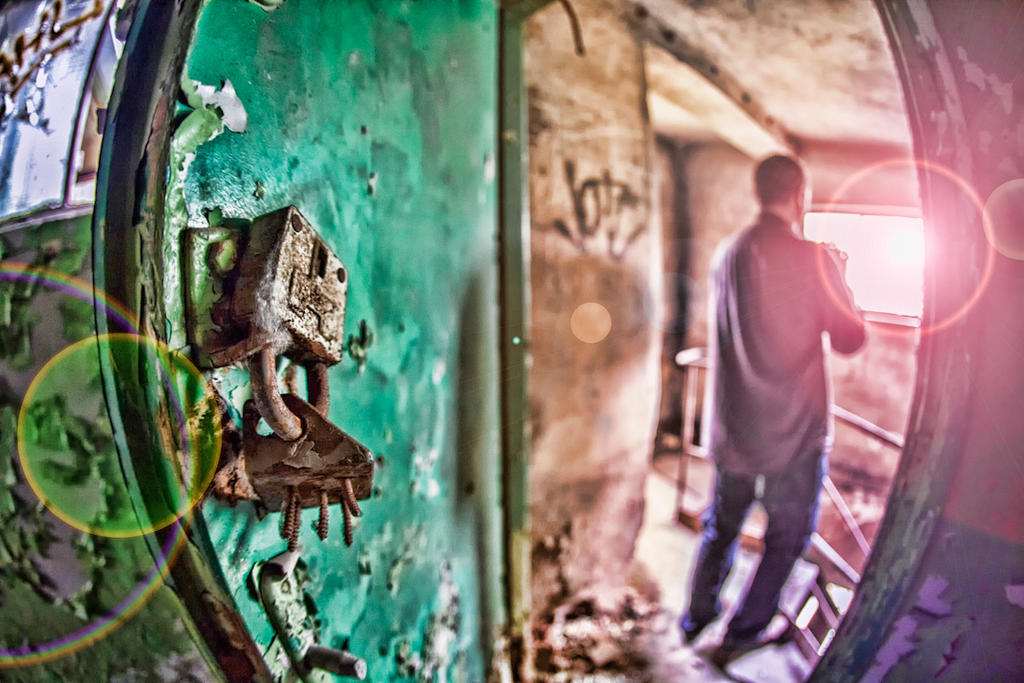 -=Abandon Factory=- by lectral