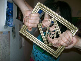 Recursive Frame by CodeAndReload