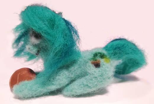 Wallflower Blush: Mini Felt-Pony