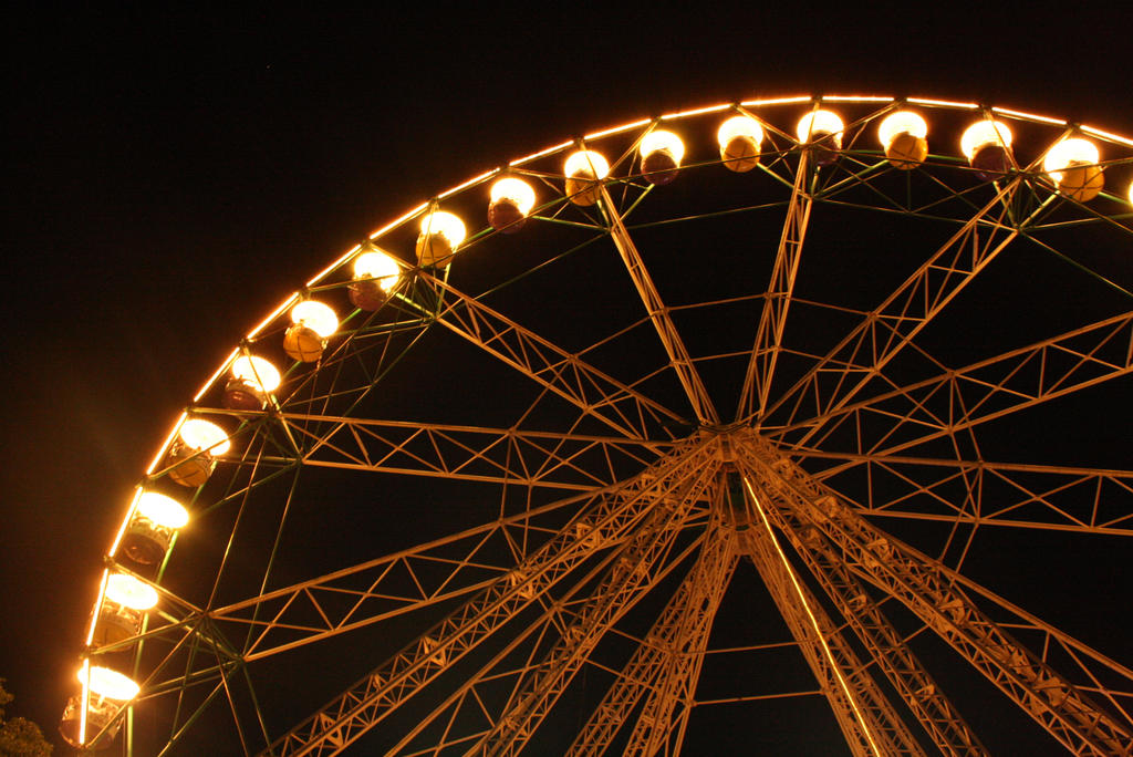 Wheel of lights by shaSHEEmi