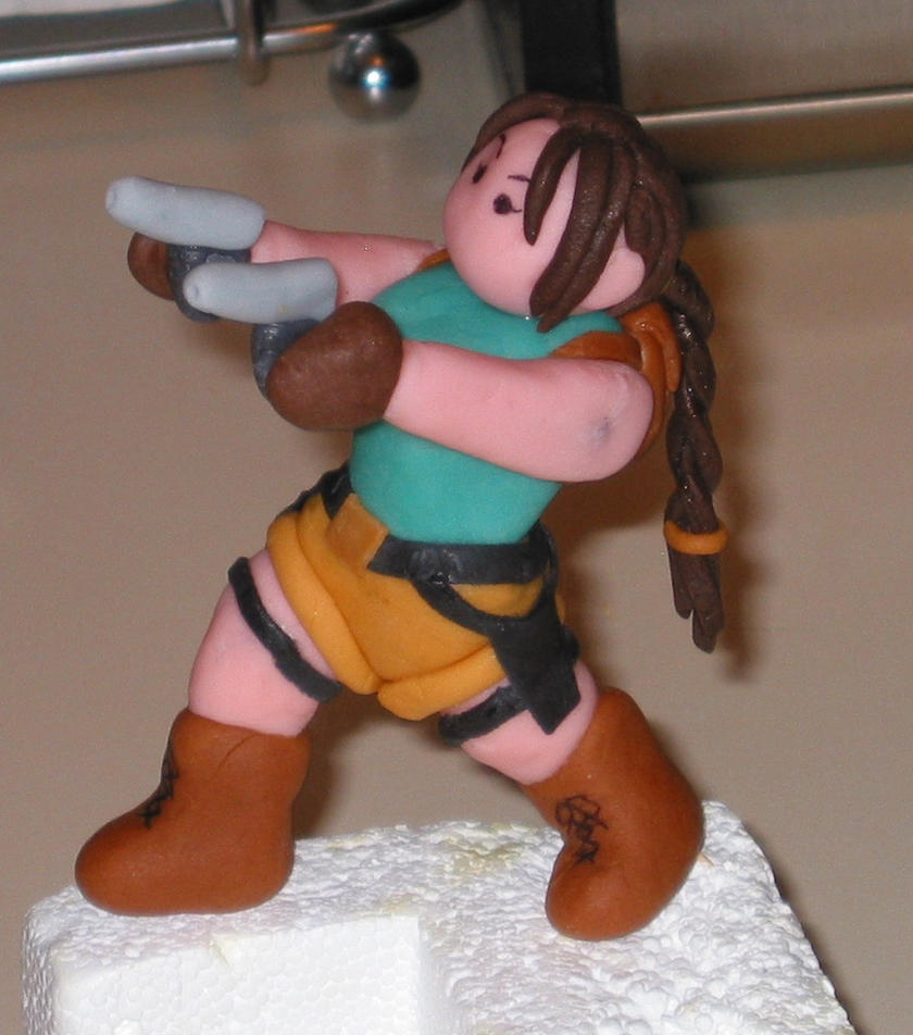Lara Croft Fondant Sculpture by DippyWerewolf