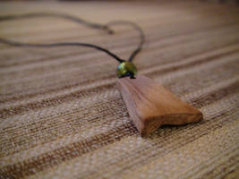 Wood Necklace - Green by xcmer