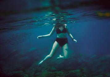 Underwater by TheFoxAndTheRaven