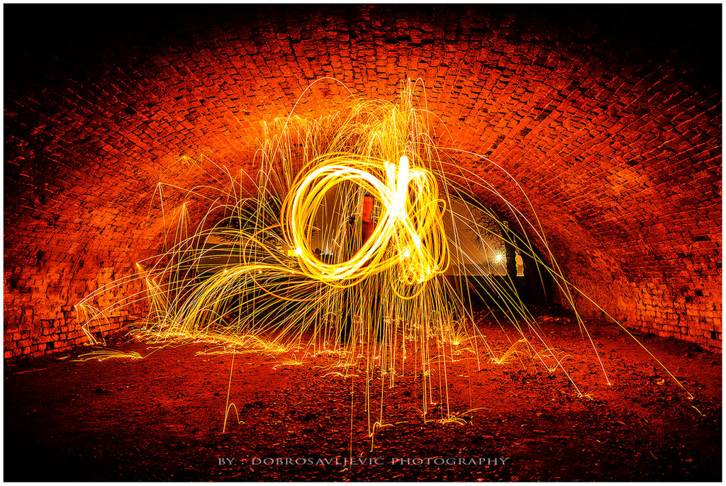 Motiv fotografiranja : Sjaj i svjetlo u tami - Page 2 20121117_img_9474_by_phoenixos-d5le5ou