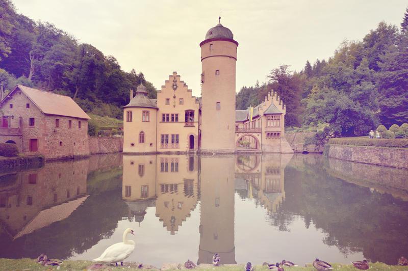 Castle Mespelbrunn by DomsahSayorii