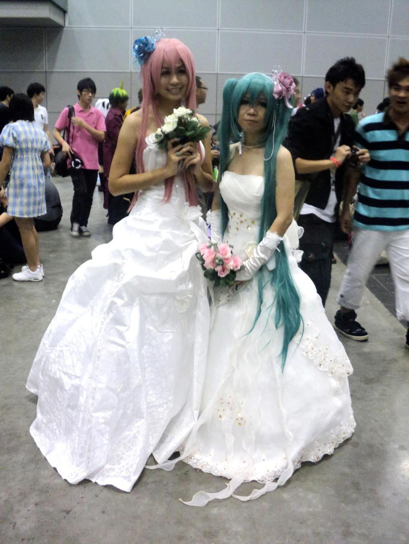 Vocaloid Bride by Viktalon