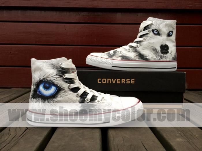 wolf converse