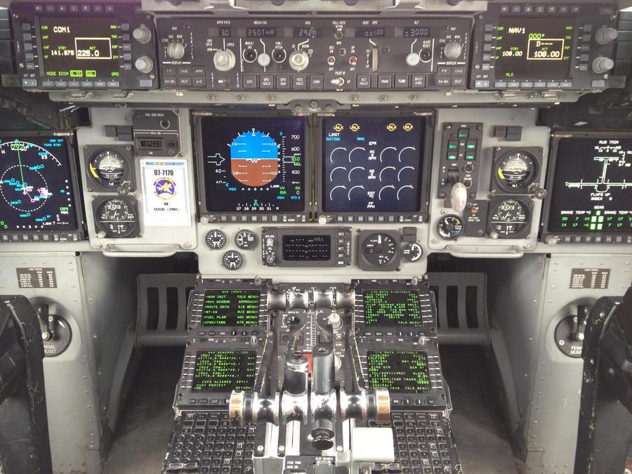 Inside the C17 Globemaster III  Militarycom