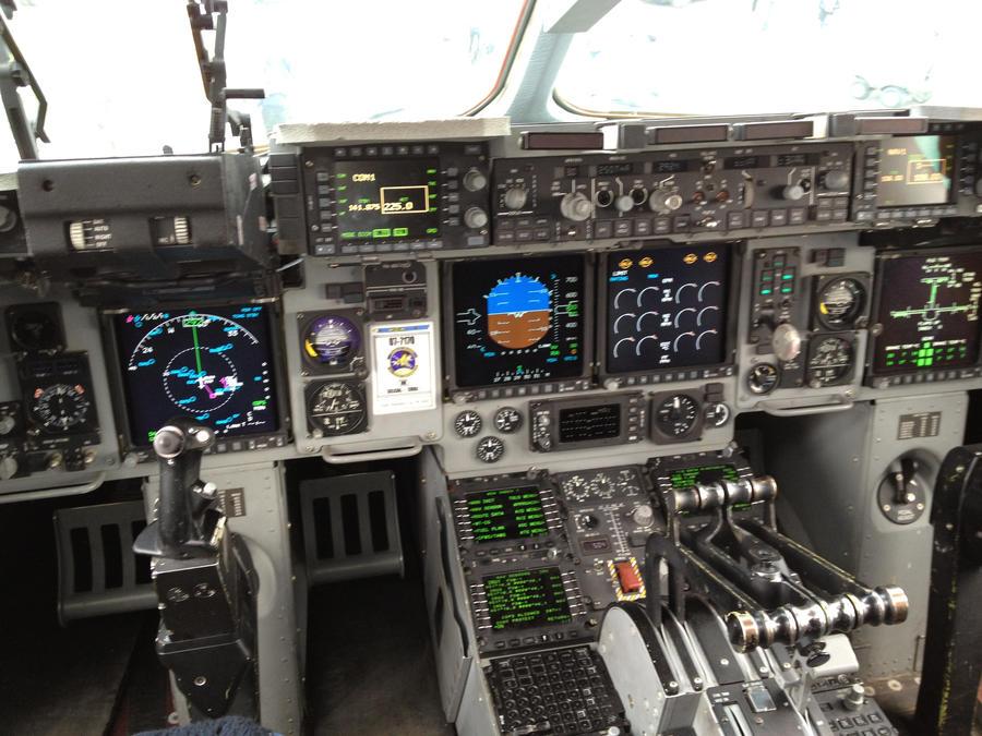 C17 Landing Cockpit View