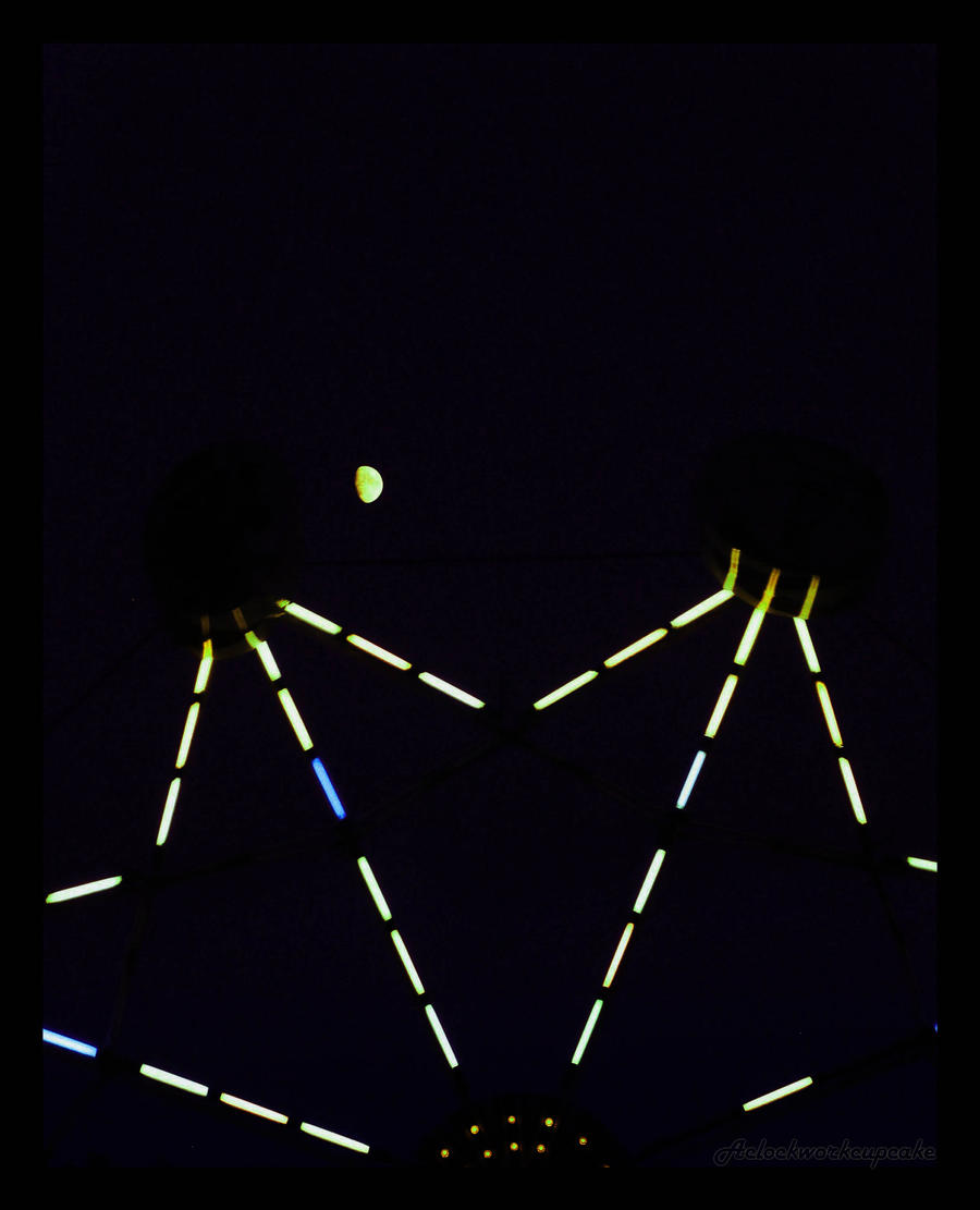Moon by KalopsiaCreation