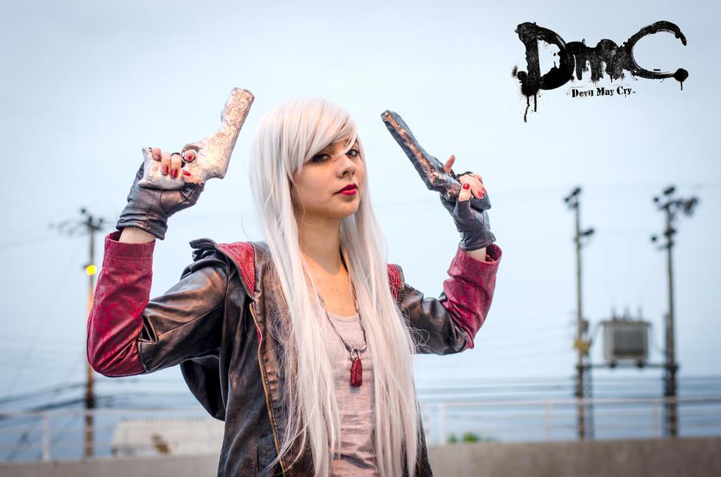 Dante From Dmc 5 Female Version Whitehair By Eelismzeidler On Deviantart