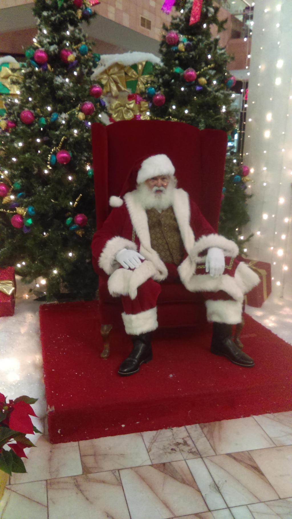 Santa in Sunland Park Mall - 2016